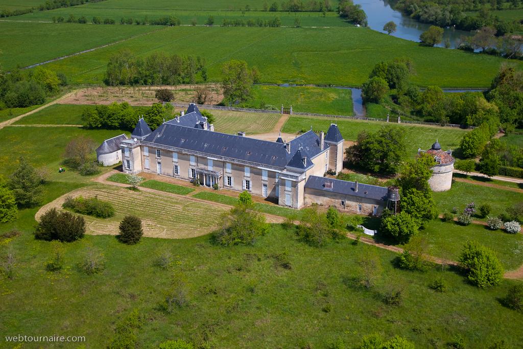 chateau-de-panloy-17_c.jpeg